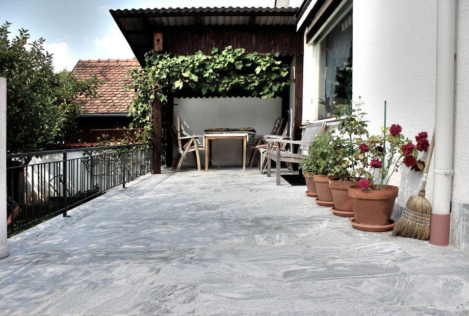 Terrasse in Viscont White Granit, Stein Schwarz