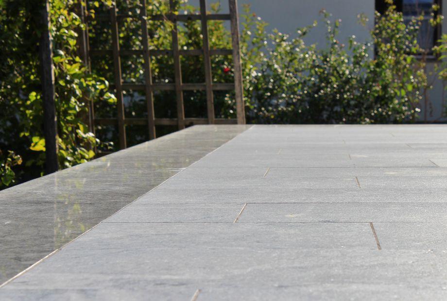 Terrasse in Verde Marina Granit, Stein Schwarz
