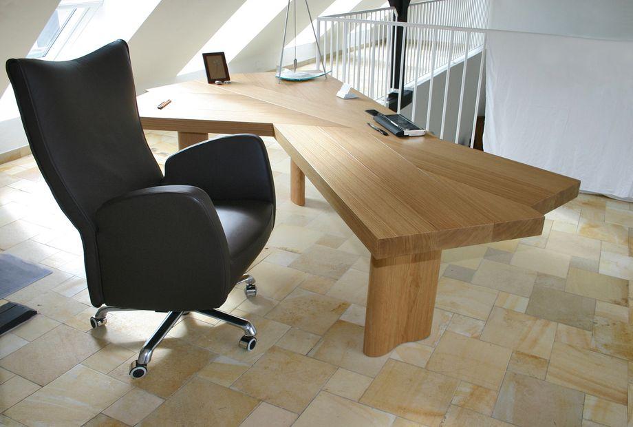 Studio mit Solnhofner Marmor Boden, Stein Schwarz
