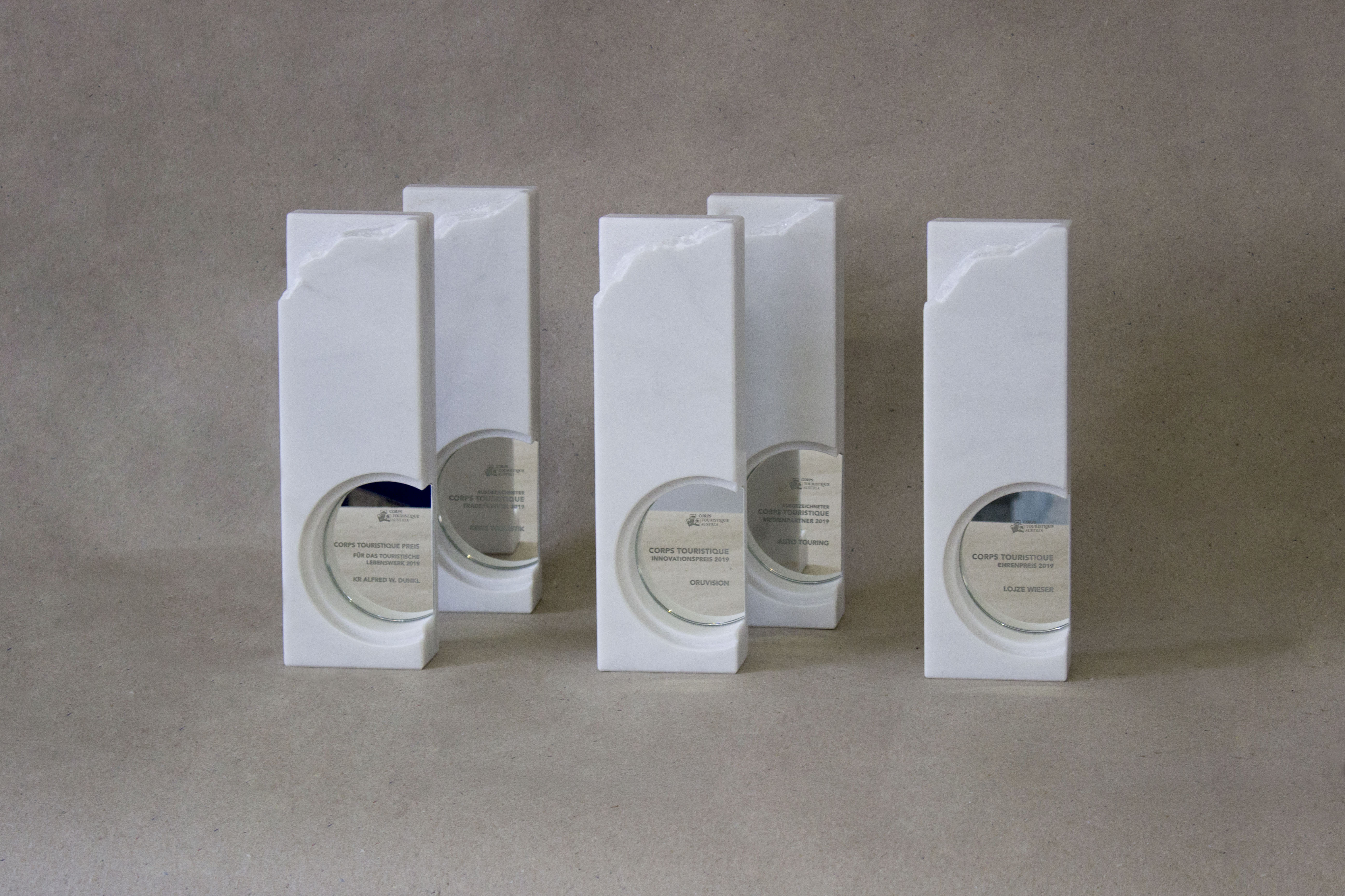 Trophies made of Stone, Stein Schwarz (c) Julia Schwarz